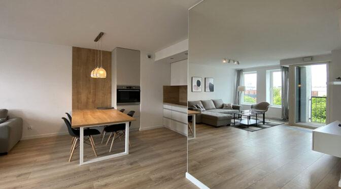 komfortowe wnętrze pokoju dziennego w luksusowym apartamencie do wynajęcia Szczecin
