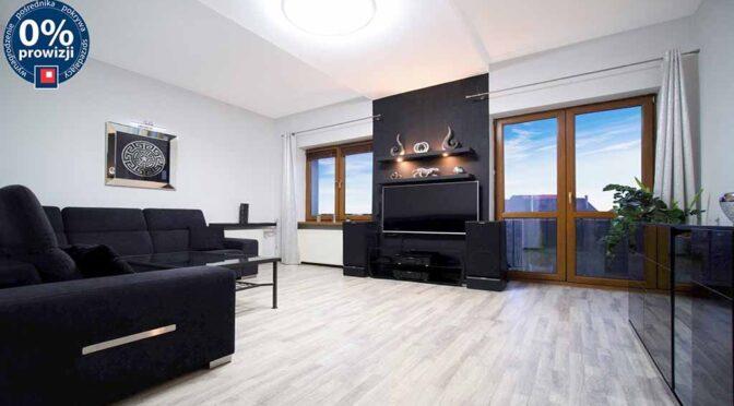 imponujący rozmachem pokój dzienny w ekskluzywnym apartamencie na sprzedaż Katowice (okolice)