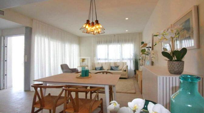 przestronne i słoneczne wnętrze ekskluzywnego apartamentu na sprzedaż Hiszpania (Costa Blanca, Torrevieja, Mil Palmeras)