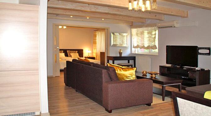 stylowe wnętrze pokoju dziennego w luksusowym apartamencie do wynajęcia Słupsk