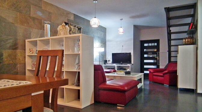 epatujące elegancją i bogactwem wnętrze luksusowego apartamentu do sprzedaży Legnica