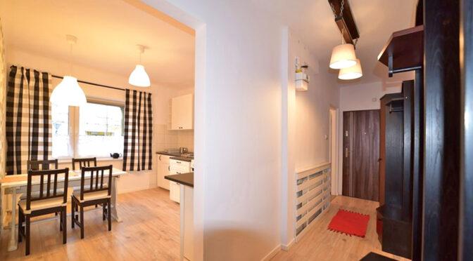 przestronne wwnętrze ekskluzywnego apartamentu do wynajęcia Bolesławiec