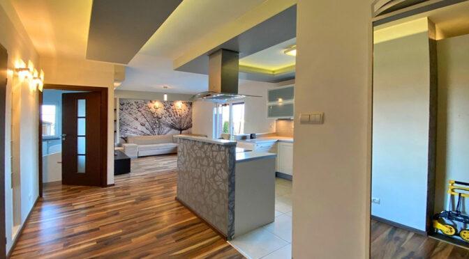 imponujące rozmachem wnętrze ekskluzywnego apartamentu do wynajmu Szczecin