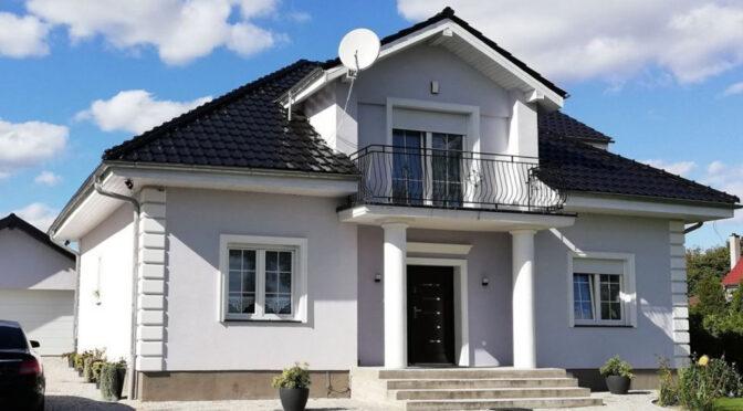 reprezentacyjne wejście do luksusowej rezydencji na sprzedaż Żagań
