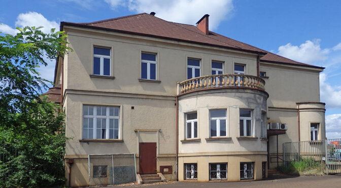 imponująca bryła ekskluzywnej rezydencji do sprzedaży Katowice (okolice)