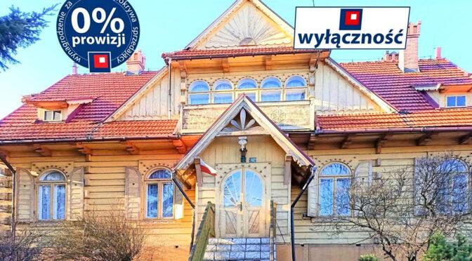 frontowa elewacja ekskluzywnej rezydencji do sprzedaży Kraków (okolice)