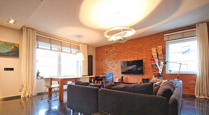 nowoczesny salon w ekskluzywnym apartamencie na sprzedaż Szczecin