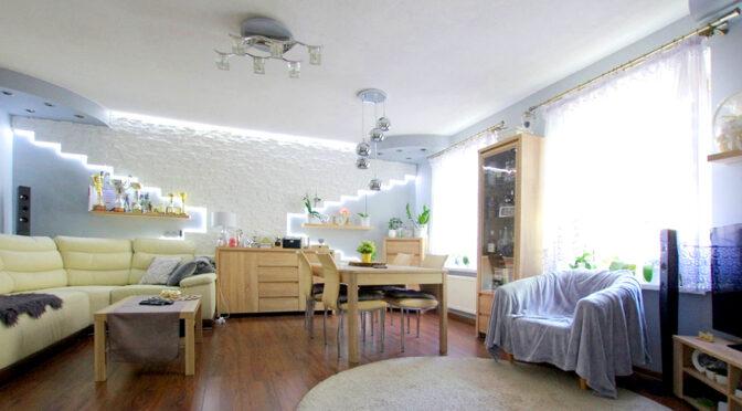 imponujące dużą przestrzenią wnętrze ekskluzywnego apartamentu do sprzedaży Legnica (okolice)