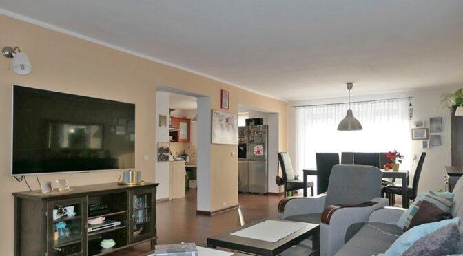 komfortowy pokój gościnny w ekskluzywnej rezydencji do sprzedaży Kwidzyn (okolice)