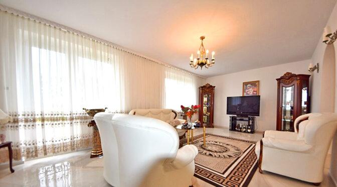 wytworny pokój gościnny w ekskluzywnej rezydencji do sprzedaży Inowrocław