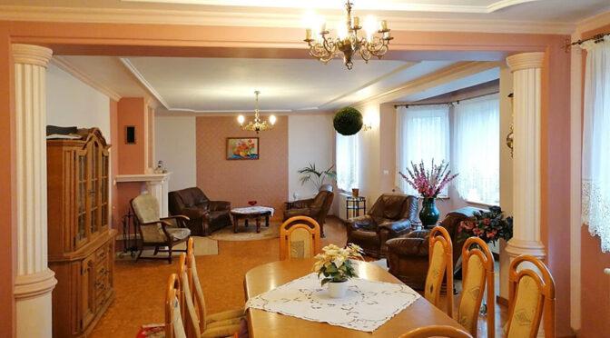 wytworne wnętrze luksusowej rezydencji do sprzedaży Głogów (okolice)