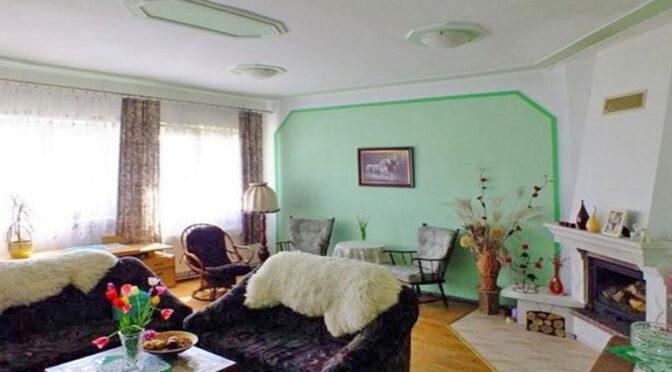 stylowe wnętrze z kominkiem w ekskluzywnej rezydencji do sprzedaży Katowice (okolice)