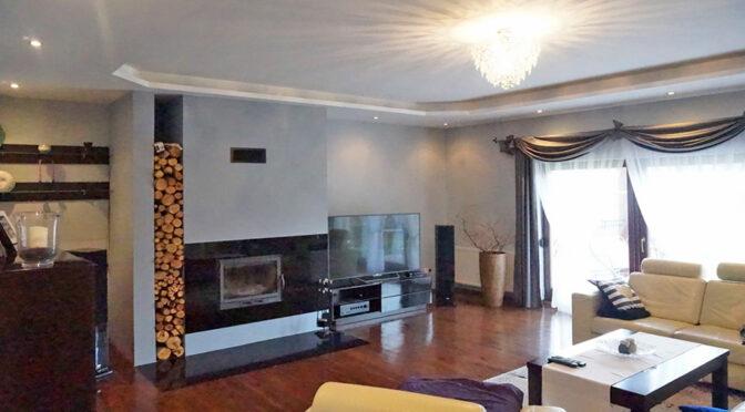 wytworny pokój gościnny w luksusowej rezydencji do sprzedaży Wrocław