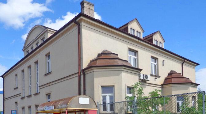 imponująca bryła ekskluzywnej rezydencji na sprzedaż Katowice (okolice)