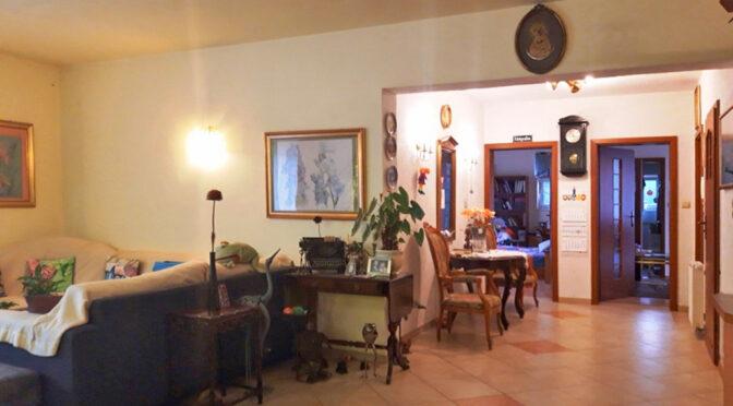 kameralny pokój dzienny w ekskluzywnej rezydencji na sprzedaż Szczecin (okolice)