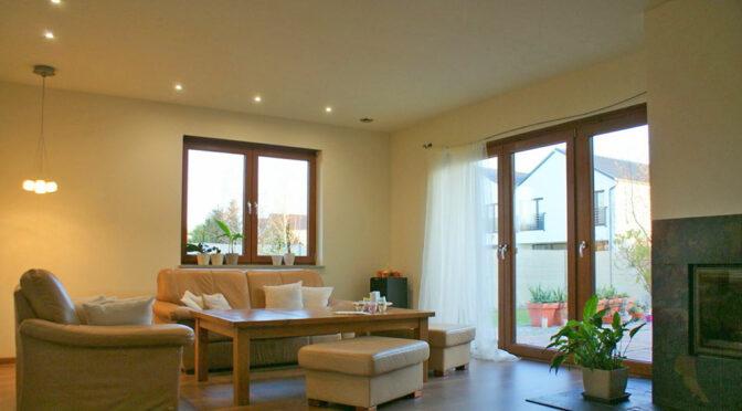 słoneczny pokój gościnny w luksusowej rezydenci do sprzedaży Legnica (okolice)