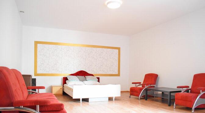 elegancki salon w luksusowym apartamencie na sprzedaż Kalisz