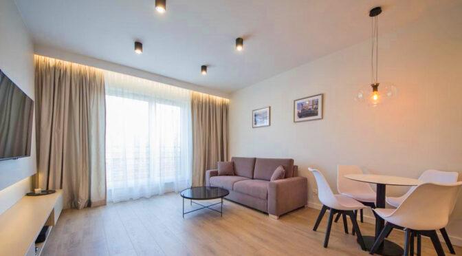 elegancki pokój dzienny w ekskluzywnym apartamencie na wynajem Szczecin