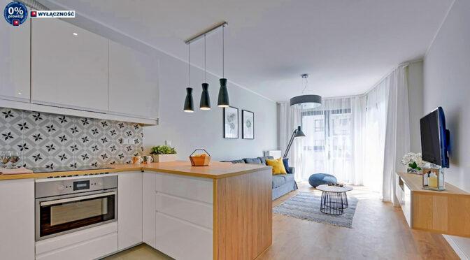 nowoczesny pokój dzienny w ekskluzywnym apartamencie do sprzedaży Legnica