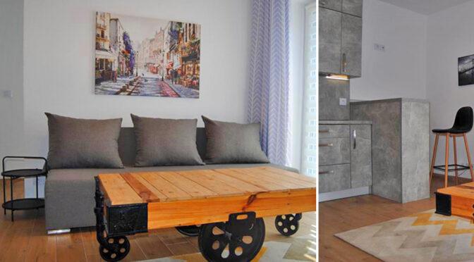 po lewej salon, po prawej pokój gościnny w ekskluzywnym apartamencie do wynajęcia Zgorzelec