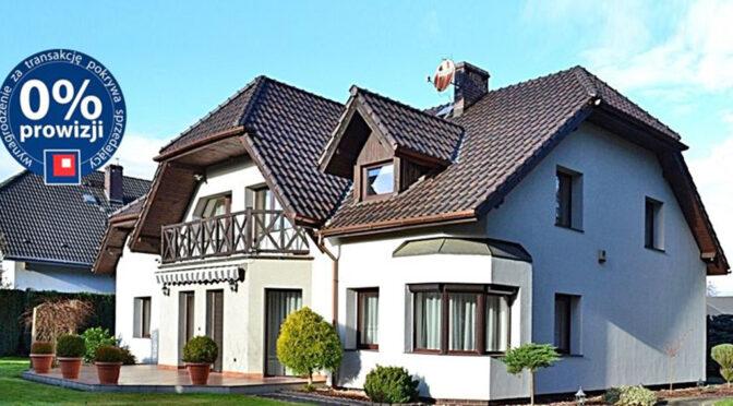 przepiękny ogród wokół luksusowej rezydencji na sprzedaż Bolesławiec