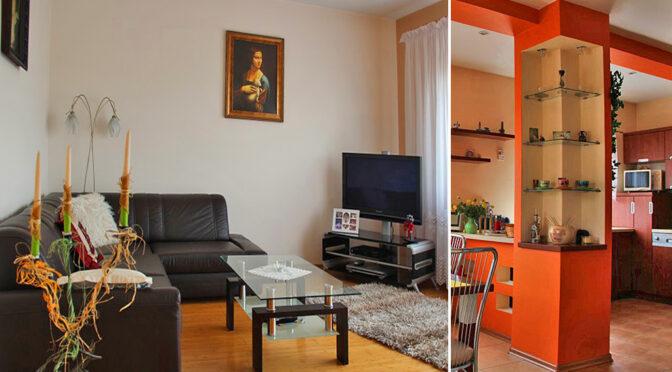 po lewej salon, po prawej kuchnia w luksusowej rezydencji na sprzedaż Chrzanów