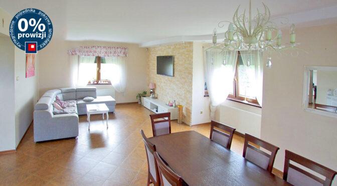 kameralny pokój dzienny w ekskluzywnej rezydencji do sprzedaży Legnica (okolice)