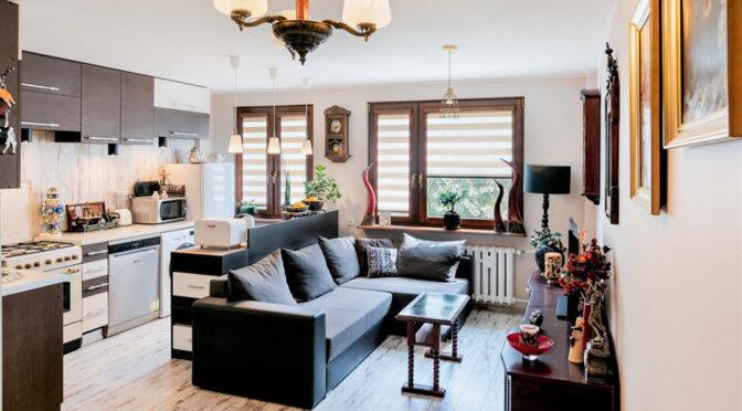 słoneczne wnętrze ekskluzywnego apartamentu na sprzedaż Częstochowa