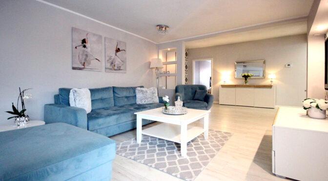 słoneczny salon w ekskluzywnym apartamencie na sprzedaż Szczecin