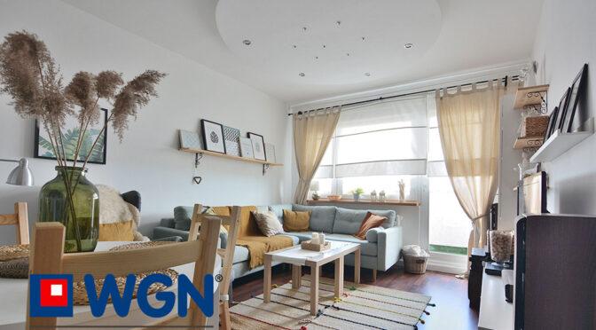 stylowe wnętrze salonu w ekskluzywnym apartamencie do sprzedaży Elbląg