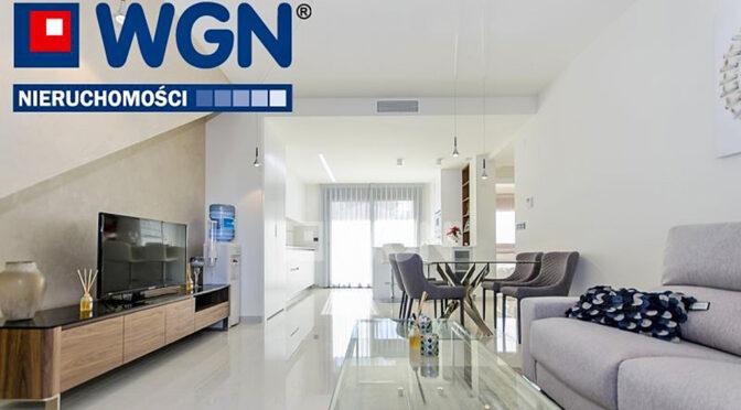 przestronny pokój dzienny w ekskluzywnym apartamencie do sprzedaży Hiszpania (Torreviej)