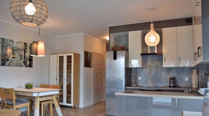 zaprojektowane zgodnie z najnowszymi trendami wnętrze ekskluzywnego apartamentu do wynajęcia Słupsk