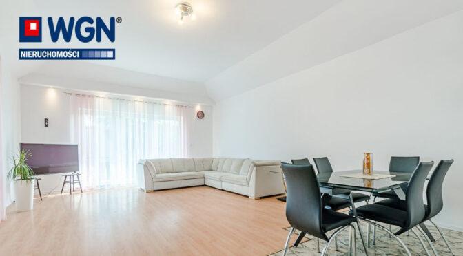 nowoczesny salon w ekskluzywnej rezydencji na sprzedaż Gdynia (okolice)
