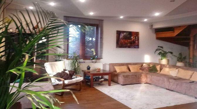 stylowy salon w luksusowej rezydencji na sprzedaż Piotrków Trybunalski