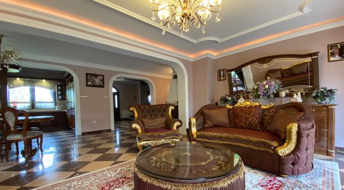 imponujący bogactwem salon w ekskluzywnej rezydencji do sprzedaży Inowrocław
