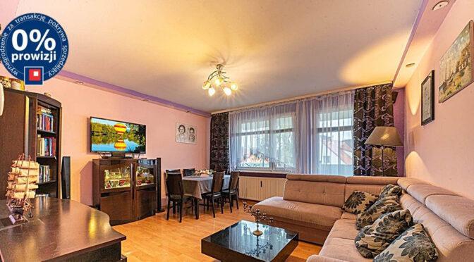kameralny pokój dzienny w ekskluzywnym apartamencie na sprzedaż Bolesławiec