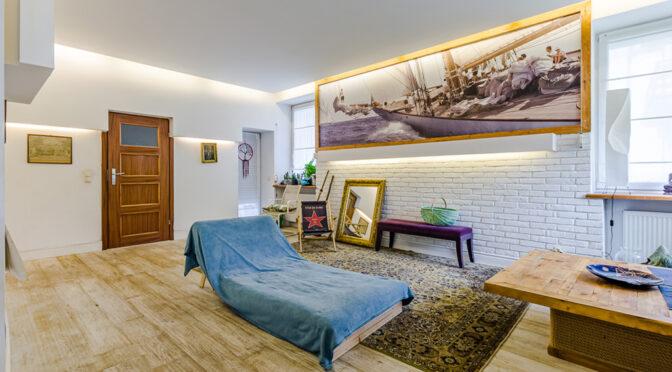 stylowy pokój w ekskluzywnym apartamencie na sprzedaż Gdynia