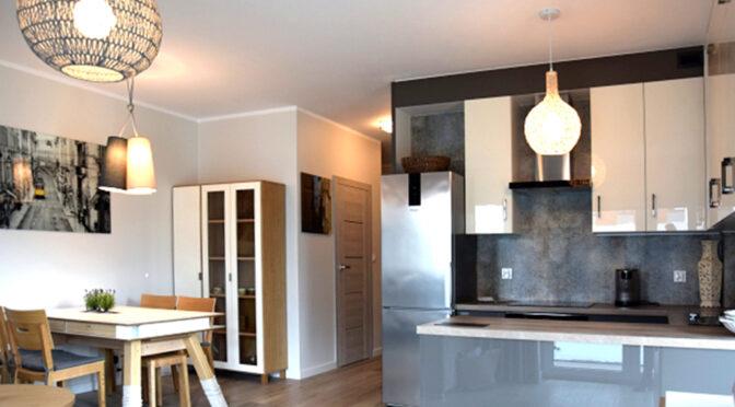 komfortowo zaaranżowane wnętrze luksusowego apartamentu do wynajęcia Słupsk