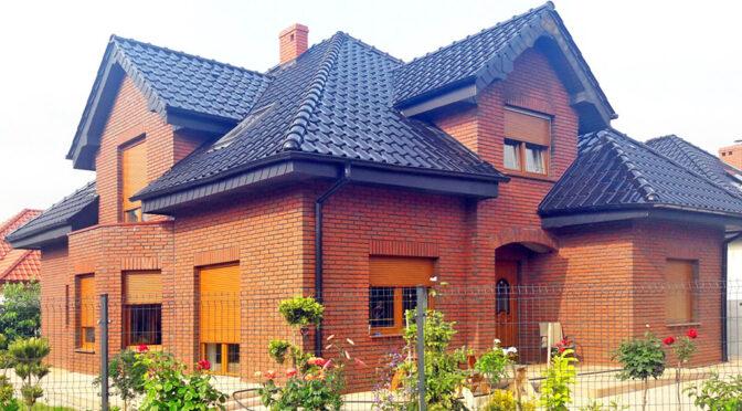 okazała bryła luksusowej rezydencji na sprzedaż Kalisz (okolice)