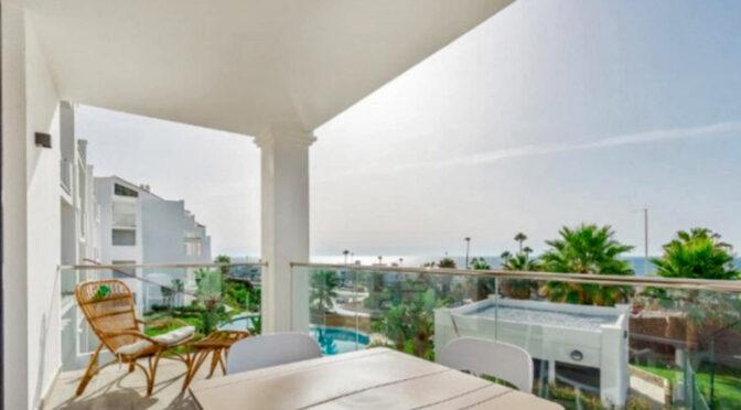 widokowy taras przy ekskluzywnym apartamencie na sprzedaż Hiszpania (Costa Del Sol, Kadyks)