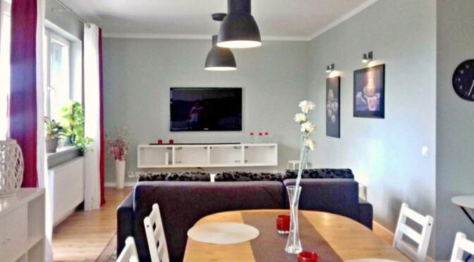 wytworny salon w luksusowym apartamencie na wynajem Szczecin
