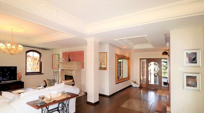 komfortowe i słoneczne wnętrze luksusowej rezydencji do sprzedaży Ustroń