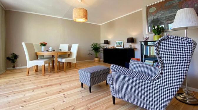 kameralny pokój dzienny w ekskluzywnym apartamencie na sprzedaż Szczecin