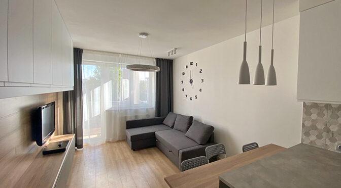 stylowy pokój gościnny w ekskluzywnym apartamencie na wynajem Szczecin