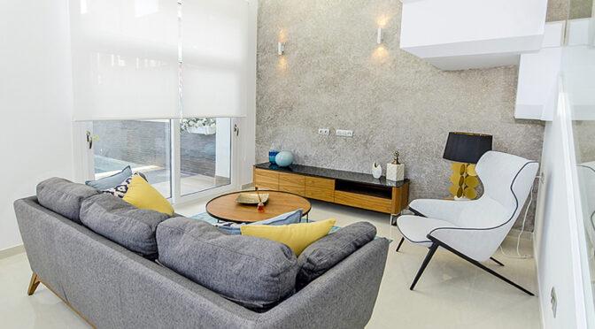 nowoczesny salon w ekskluzywnej rezydencji na sprzedaż Hiszpania (Quesada)