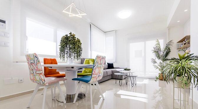 słoneczny pokój gościnny w ekskluzywnej rezydencji do sprzedaży Hiszpania (Lorca)