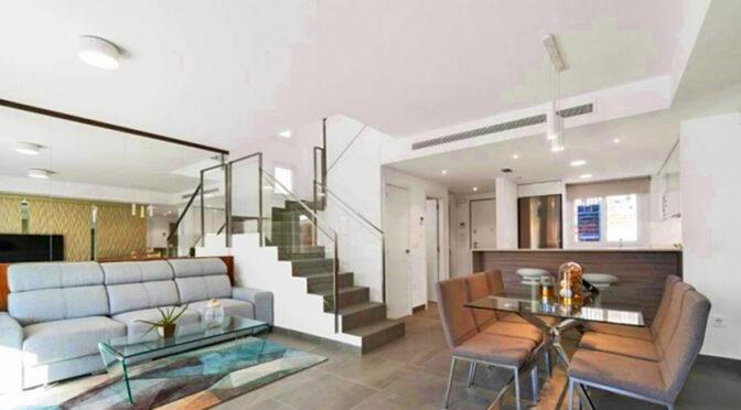 przestronne wnętrze luksusowej rezydencji do sprzedaży Hiszpania