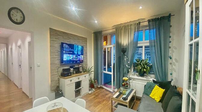 kameralny salon w ekskluzywnym apartamencie do sprzedaży Świdnica