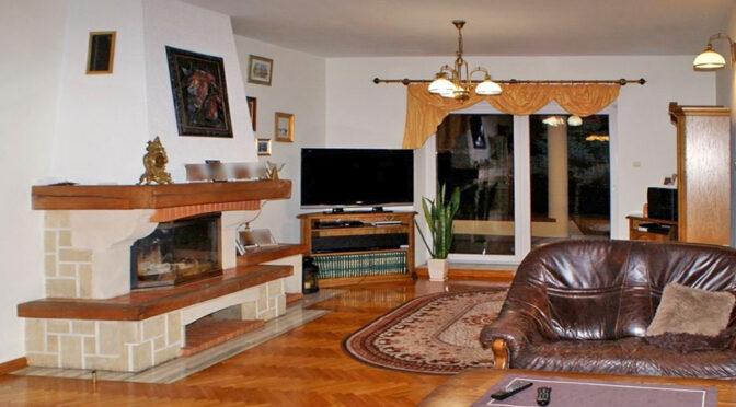 kameralny salon w ekskluzywnej rezydencji do sprzedaży Konin (okolice)